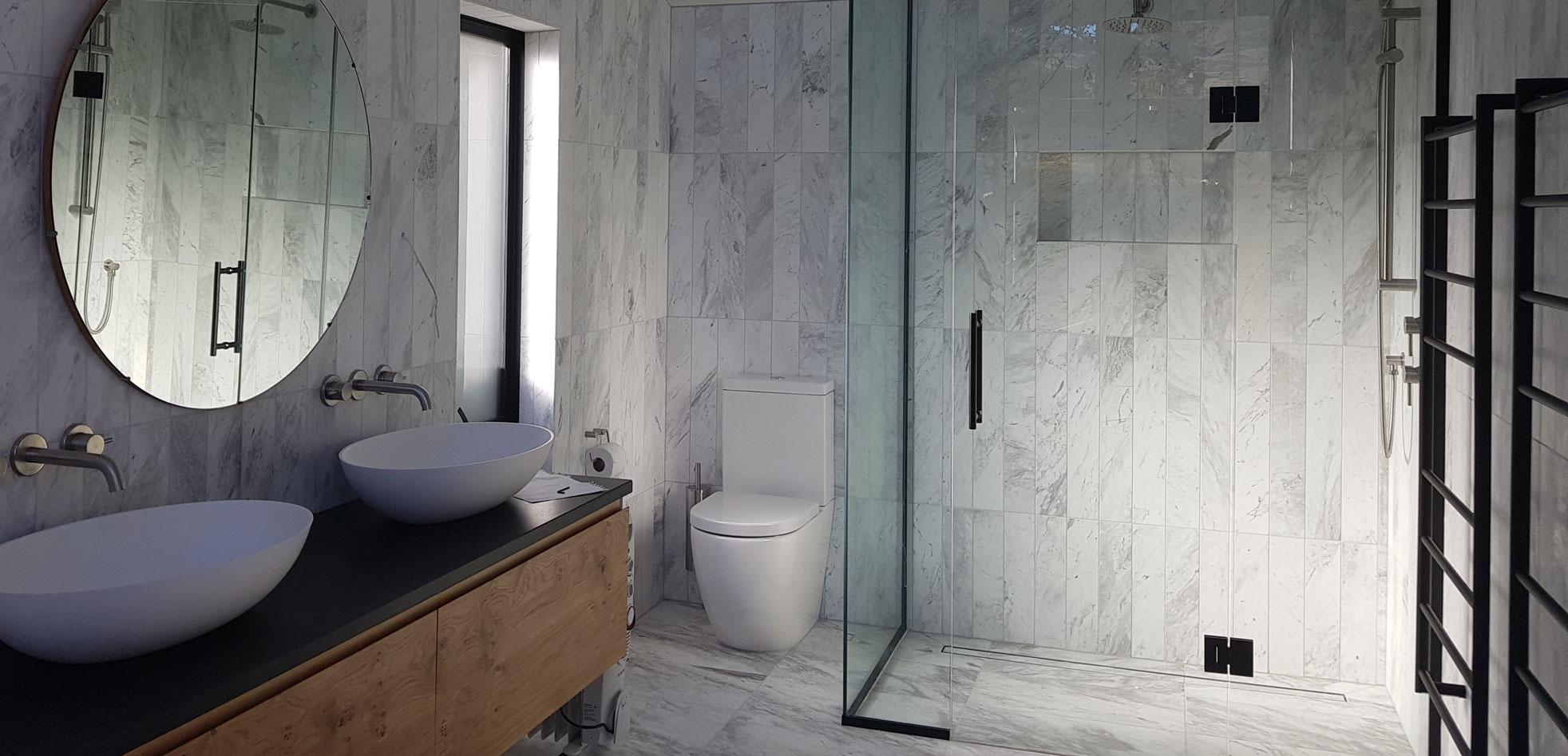 Hinged Frameless Shower - Otago Frameless Glass NZ